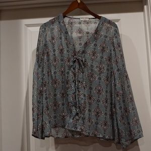 Maurices Plus 0 Women's Grey print top